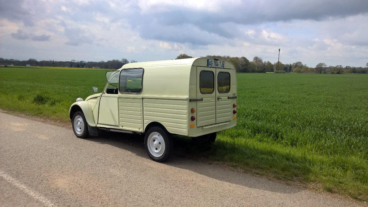 citro u00cbn 2cv camionnette 1974