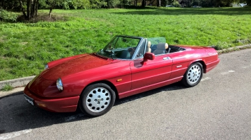 ALFA ROMEO Spider 2.0 de 1990     Visible à Paris