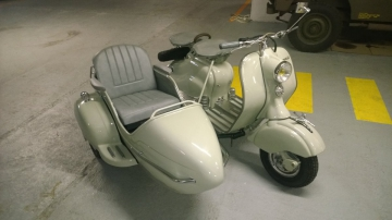 Side-car   LAMBRETTA Grand Prix 150 de 1956  Visible à Paris