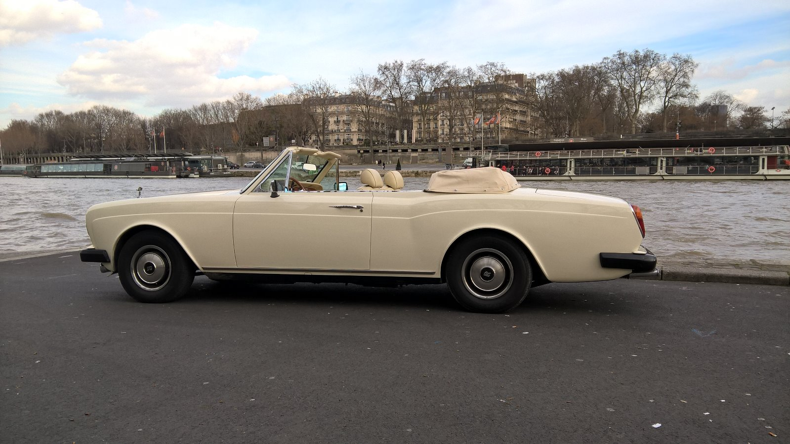 Old Classic Cars >> Rolls Royce Corniche Cabriolet